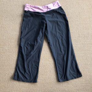 Nike dry fit Capri pants